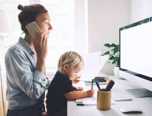 Coping strategies for work-at-home moms during the summer season